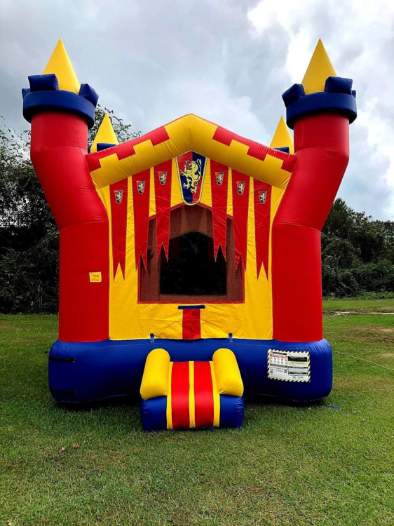 Boys Medieval Bounce House